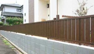 フェンス 木調 横貼