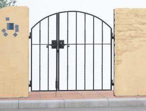 トラディシオン門扉6型
