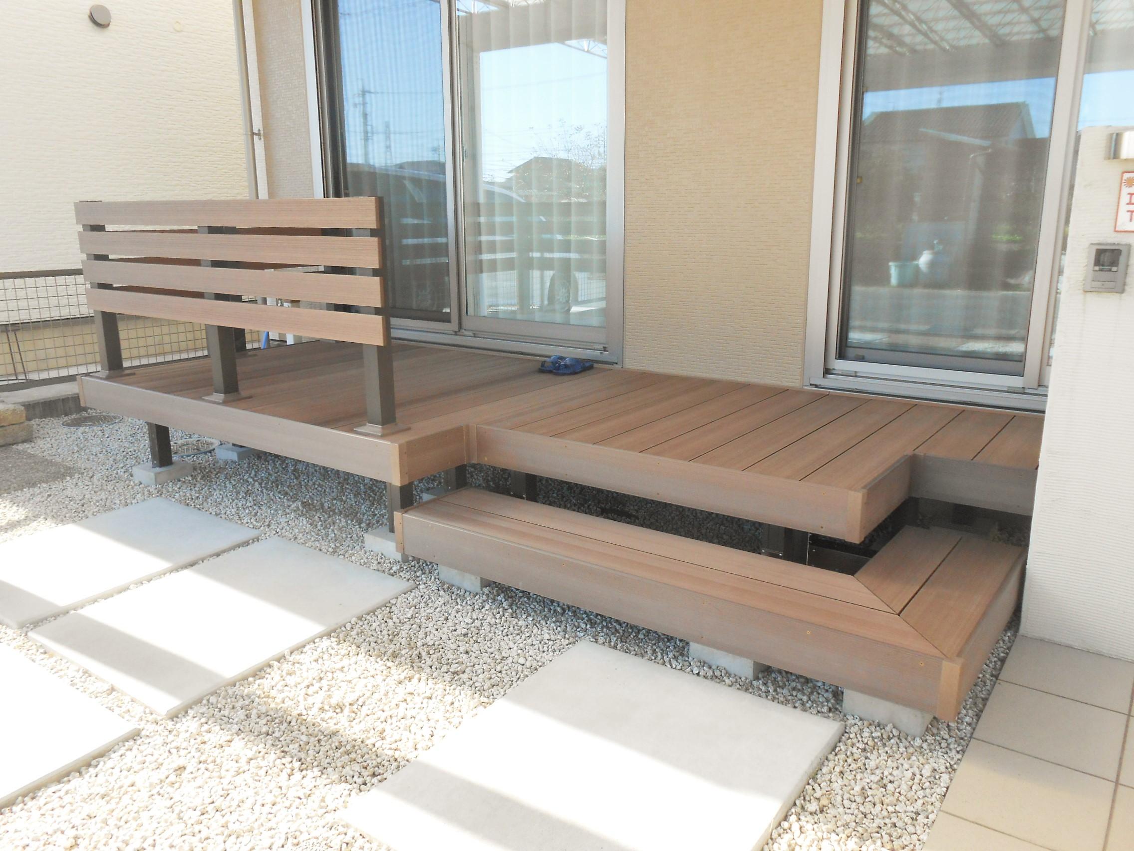LIXIL 樹ら楽ステージ木彫 (2)